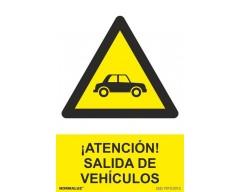 Señal peligro salida vehiculos pvc 0.7mm 300x400mm